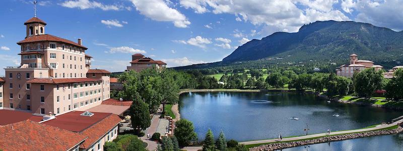 Best Neighborhoods | Broadmoor